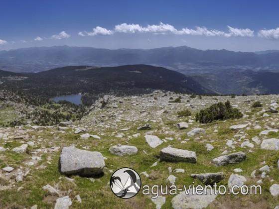 Cerdanya, Panorama Refugi Malniu and Serra de Cadí from Serrat de les Perdius Blanques