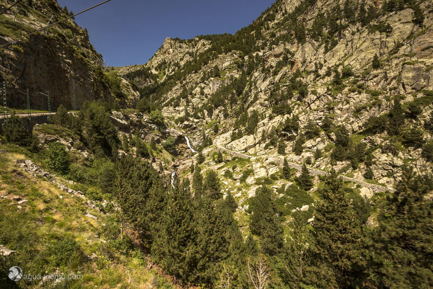 Spanien Pyrenäen Wandern Vall de Nuria Katalonien